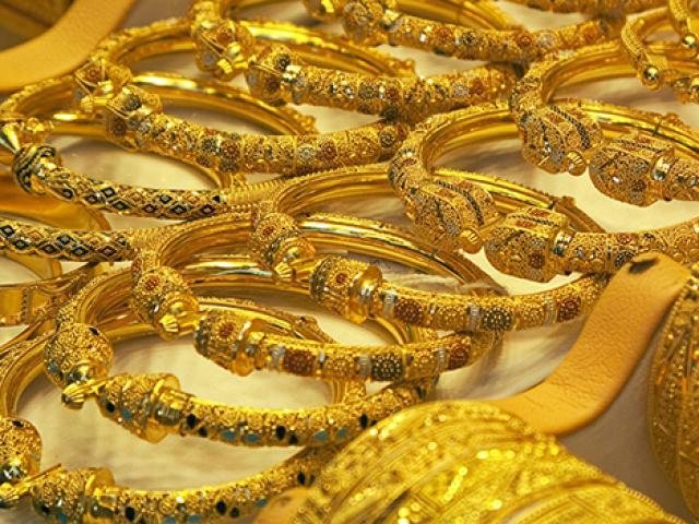 Giá vàng hôm nay 1/10: Duy trì đà tăng 250.000 đồng/lượng - Ảnh 1.