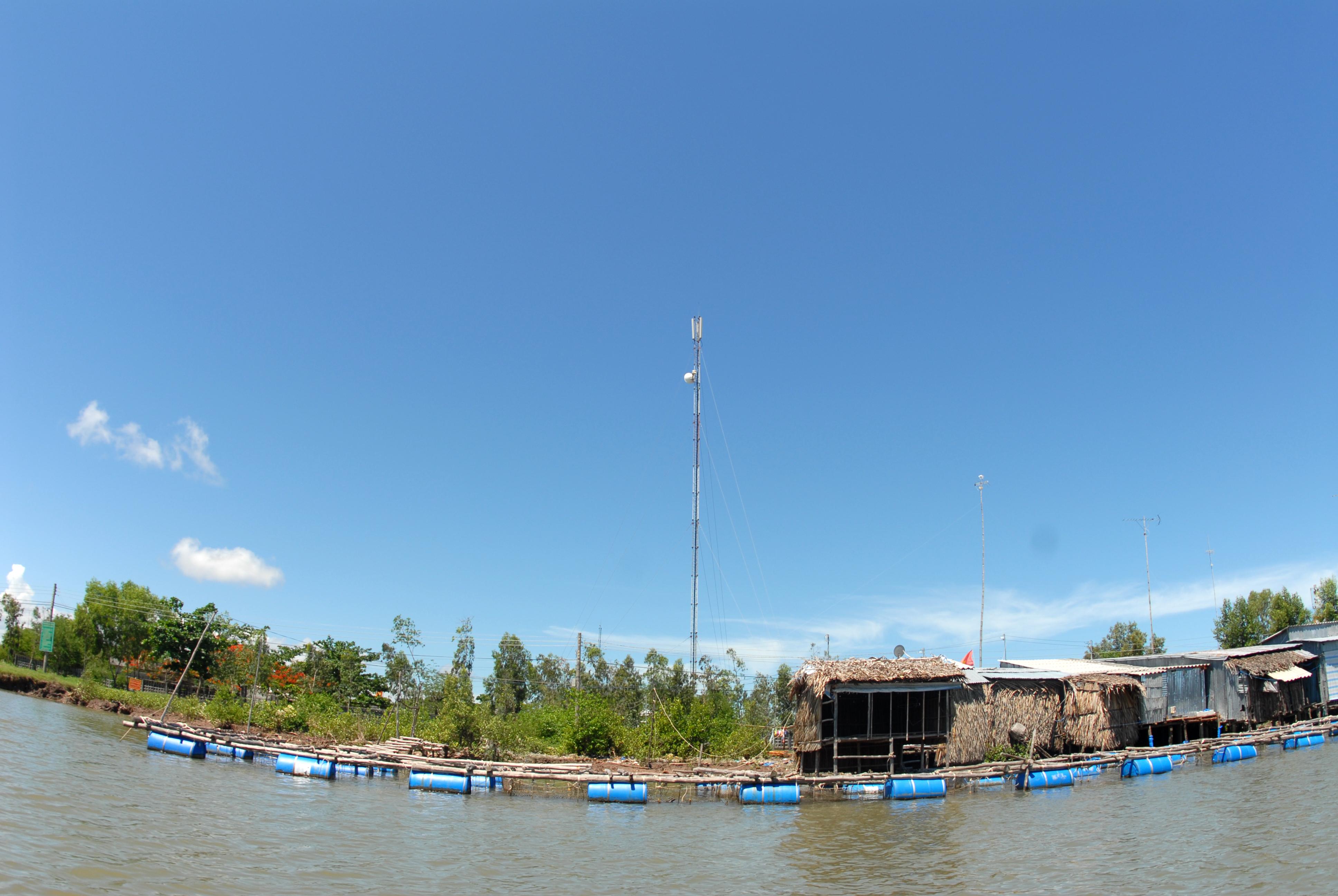 Sóng 4G được phủ đến bán kính 100km khu vực xa bờ và biển đảo - Ảnh 1.
