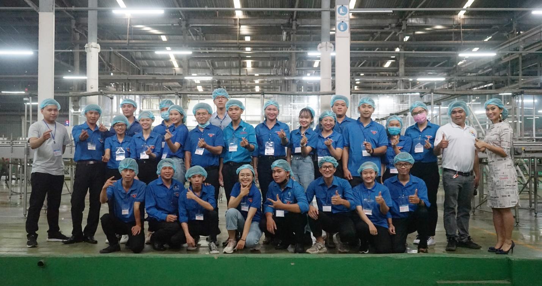 Đoàn đại biểu lớp tập huấn chuyển giao Khoa học công nghệ khu vực Đông Nam Bộ tham quan và giao lưu tại Tập đoàn Tân Hiệp Phát - Ảnh 4.
