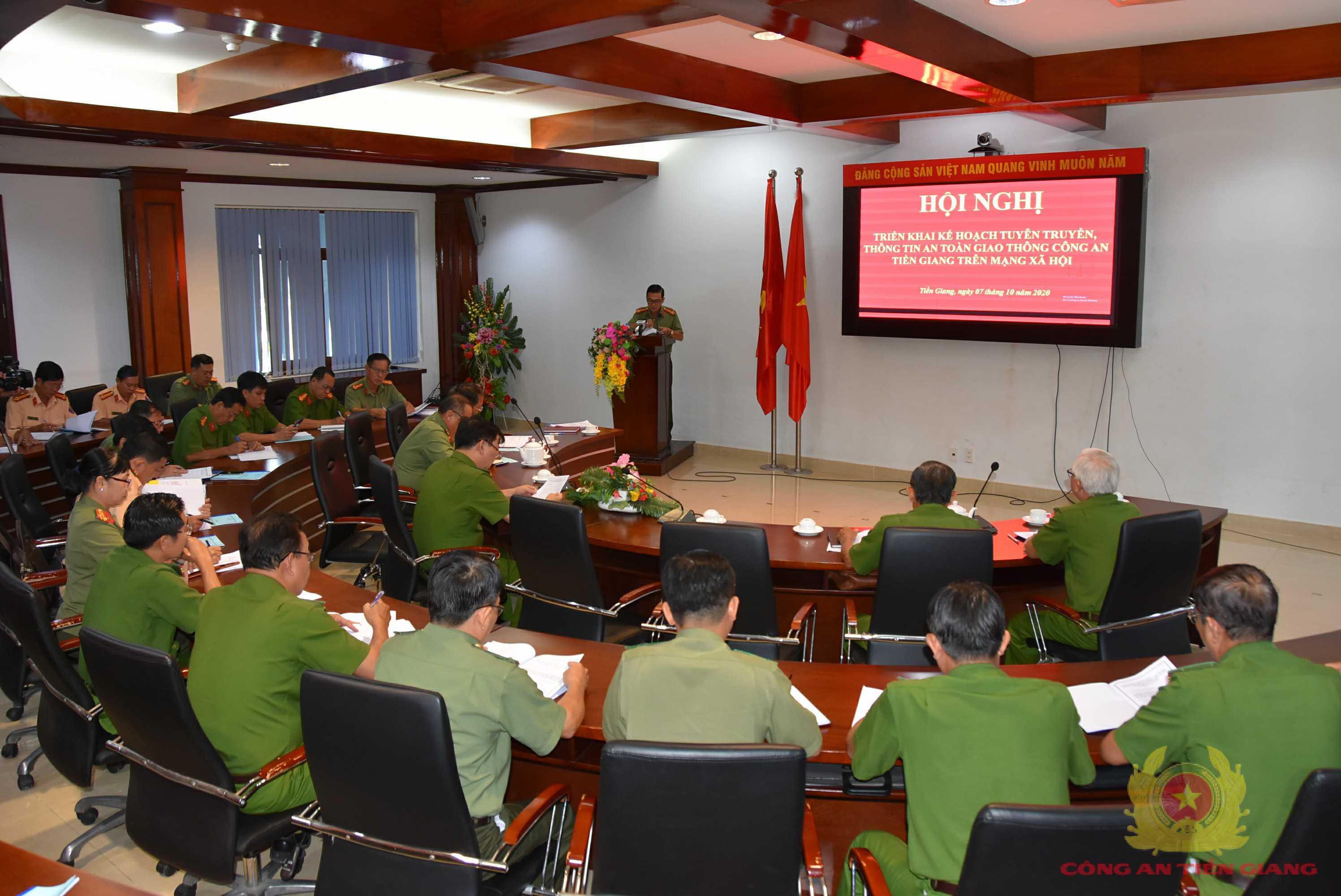 Công an Tiền Giang ứng dụng Zalo vào tuyên truyền an toàn giao thông - Ảnh 1.