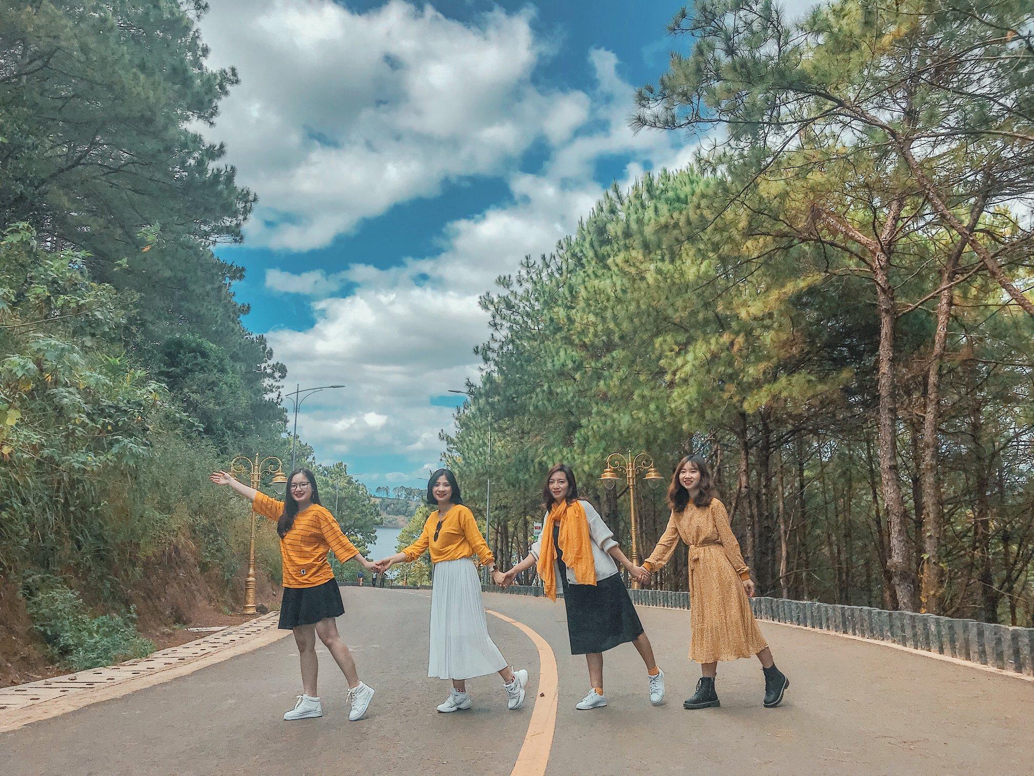 Ngất ngây với gam màu núi rừng Tây Nguyên trong chuyến du lịch Pleiku - Ảnh 2.