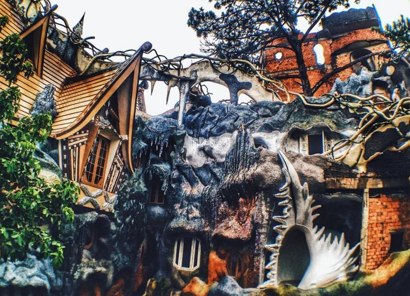 Ghé Đà Lạt, khám phá loạt địa điểm thăm thú mang đậm phong cách Halloween - Ảnh 1.