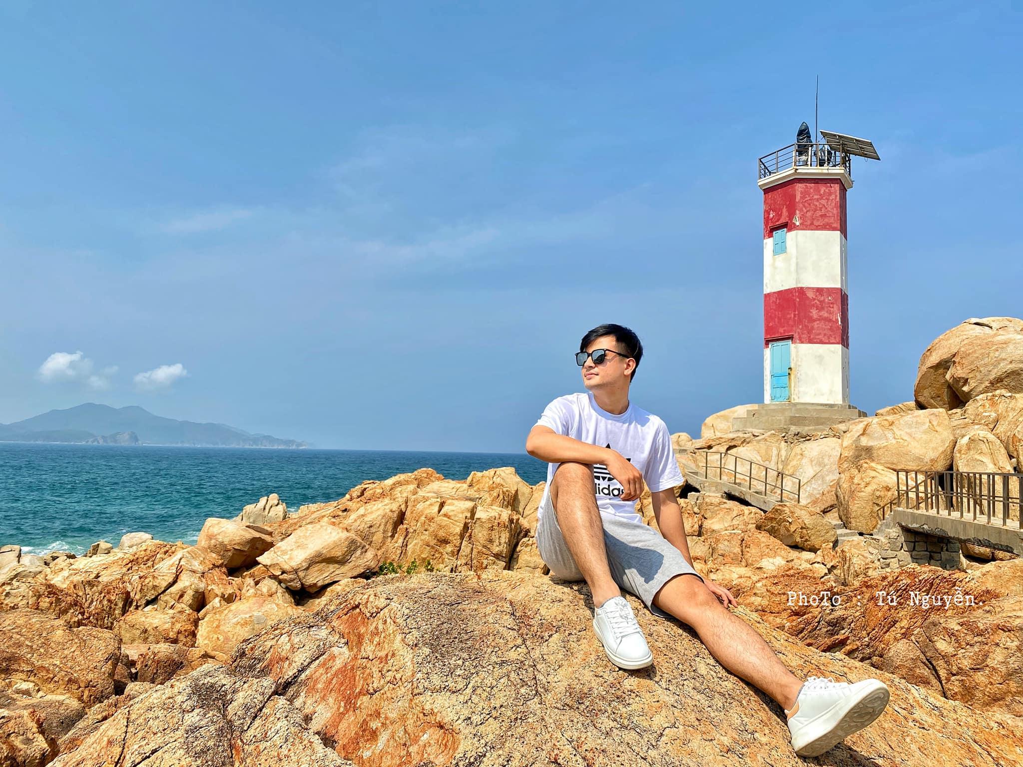 Chiêm ngưỡng vẻ đẹp Gành Đèn, 'viên ngọc' được cất giấu giữa biển trời Phú Yên  - Ảnh 8.