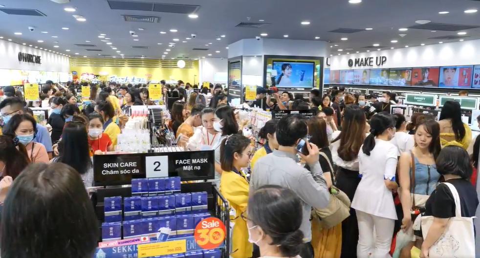 Chuỗi bán lẻ mĩ phẩm lớn nhất Nhật Bản chính thức thâm nhập thị trường Việt Nam - Ảnh 2.