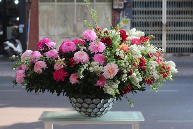 Thị trường hoa cao cấp vẫn hút khách dịp 20/10 - Ảnh 5.