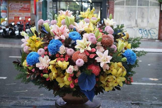 Thị trường hoa cao cấp vẫn hút khách dịp 20/10 - Ảnh 7.