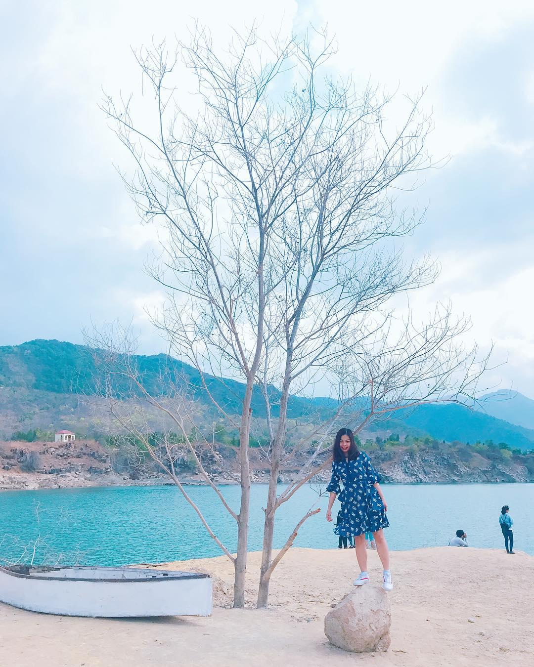 Bật mí 5 góc chụp 'đẹp miễn chê' tại hồ Đá Xanh, Vũng Tàu  - Ảnh 17.