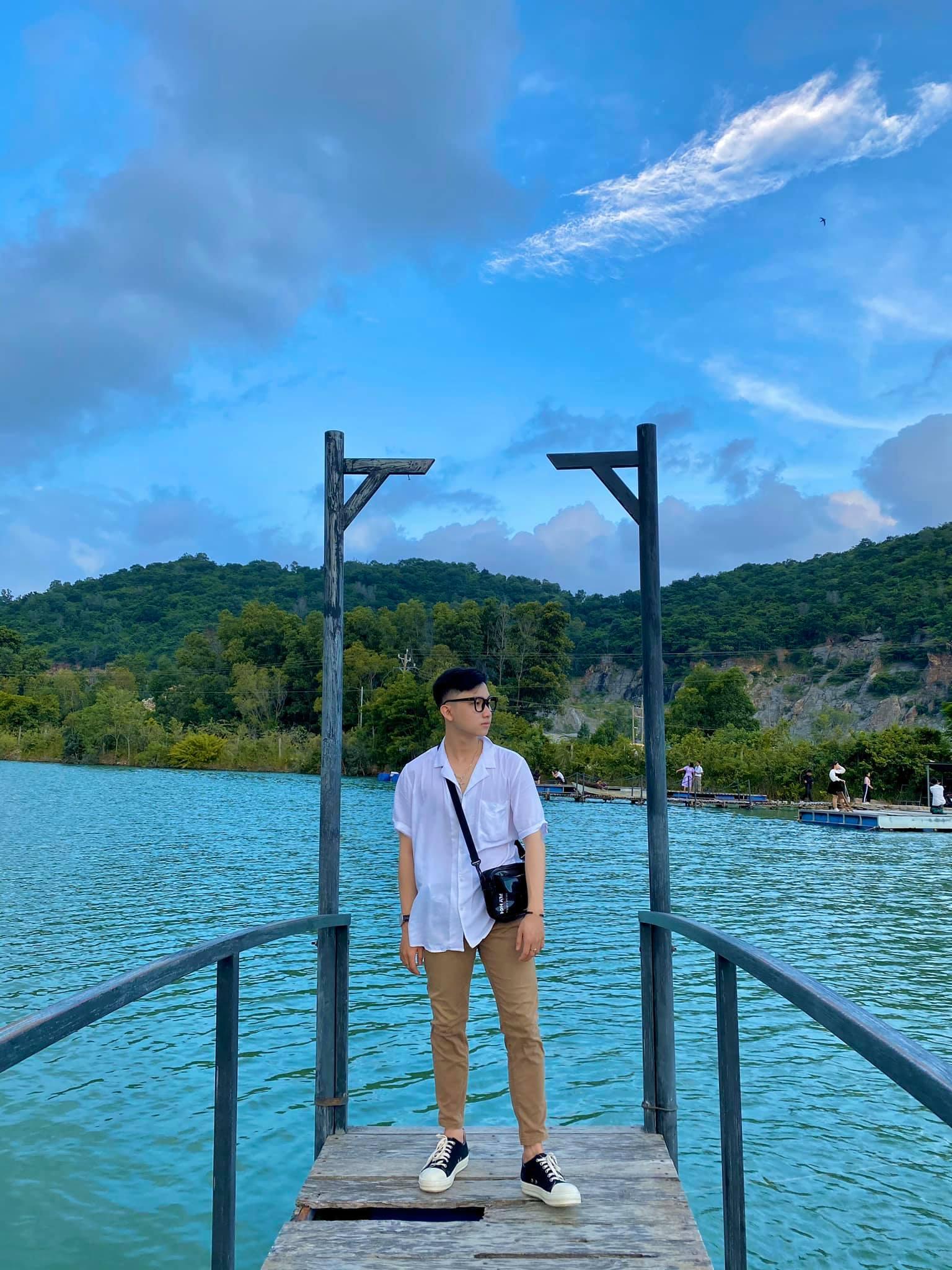 Bật mí 5 góc chụp 'đẹp miễn chê' tại hồ Đá Xanh, Vũng Tàu  - Ảnh 7.