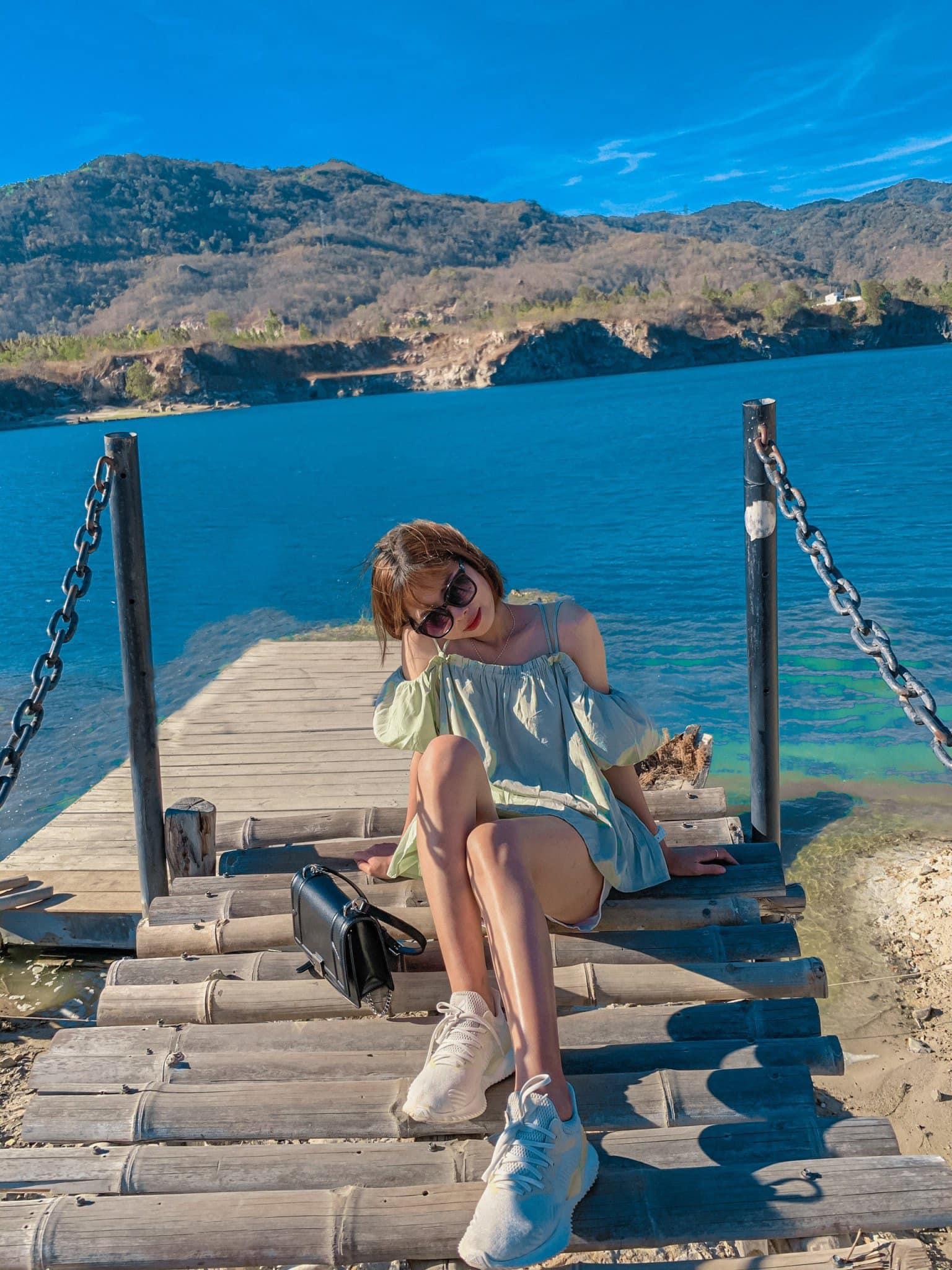 Bật mí 5 góc chụp 'đẹp miễn chê' tại hồ Đá Xanh, Vũng Tàu  - Ảnh 8.