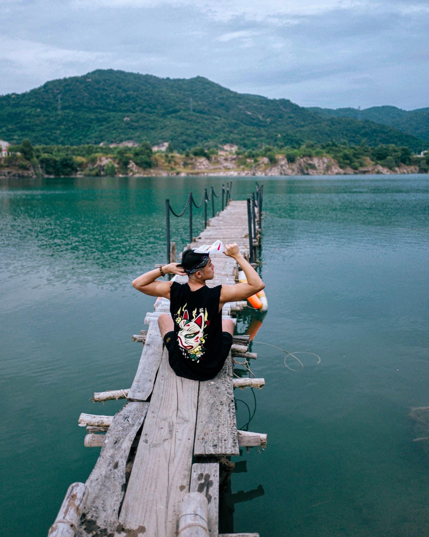 Bật mí 5 góc chụp 'đẹp miễn chê' tại hồ Đá Xanh, Vũng Tàu  - Ảnh 9.