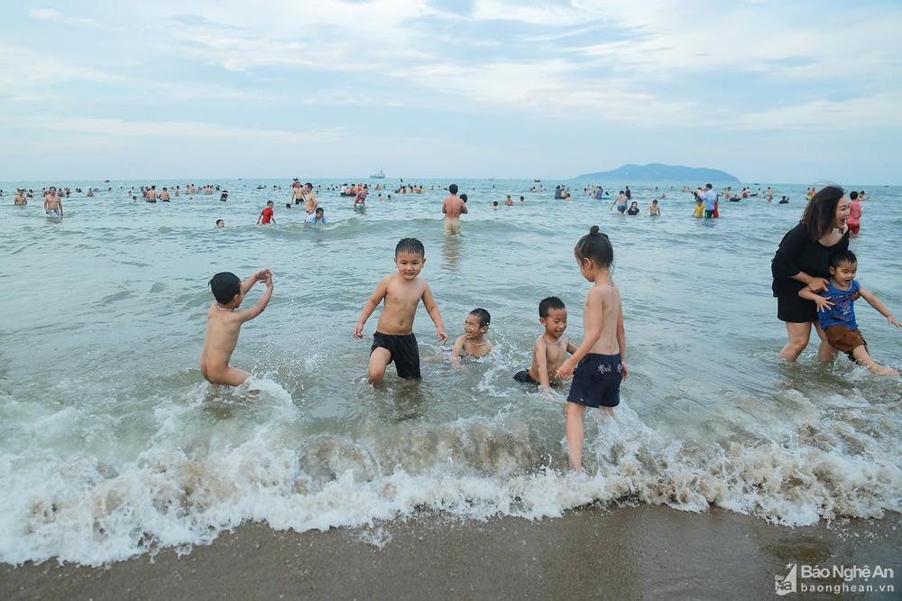 Khám phá miền biển Cửa Lò, viên ngọc xanh ẩn mình nơi xứ Nghệ - Ảnh 5.