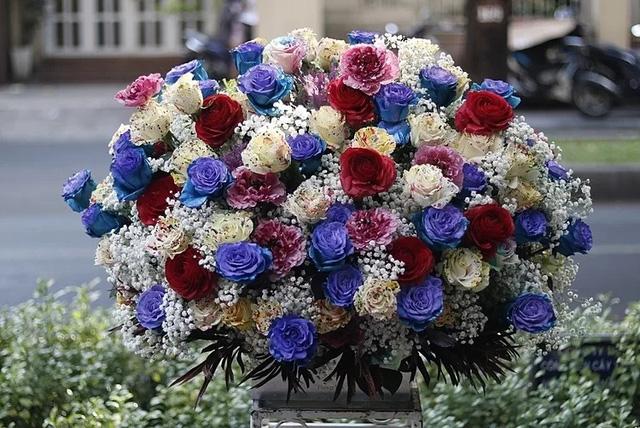 Thị trường hoa cao cấp vẫn hút khách dịp 20/10 - Ảnh 10.