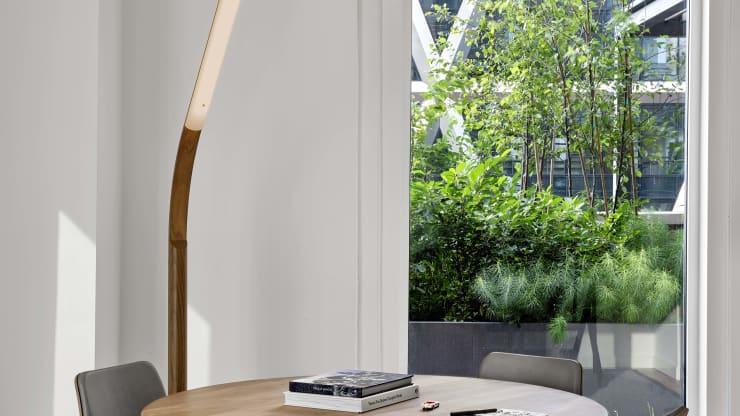 Đại dịch Covid-19 thúc đẩy xu hướng mới trong thiết kế nội thất văn phòng - Ảnh 2.