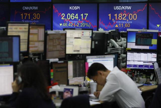 Thanh niên Hàn Quốc muốn giàu nhanh nhờ chứng khoán - Ảnh 3.