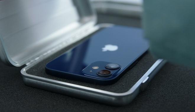 iPhone 12 mini sẽ tạo nên cơn sốt về xu thế sử dụng smartphone mới - Ảnh 1.