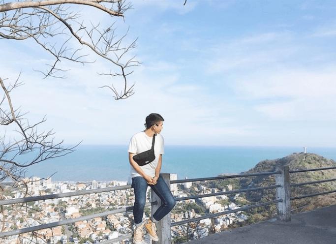 Lên ngọn hải đăng cổ, ngắm thành phố biển Vũng Tàu xinh đẹp - Ảnh 12.