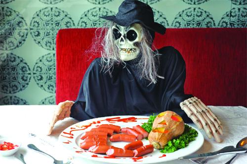 Bật mí 4 địa chỉ ăn uống quanh Sài Gòn cho đêm Halloween đầy ấn tượng - Ảnh 3.