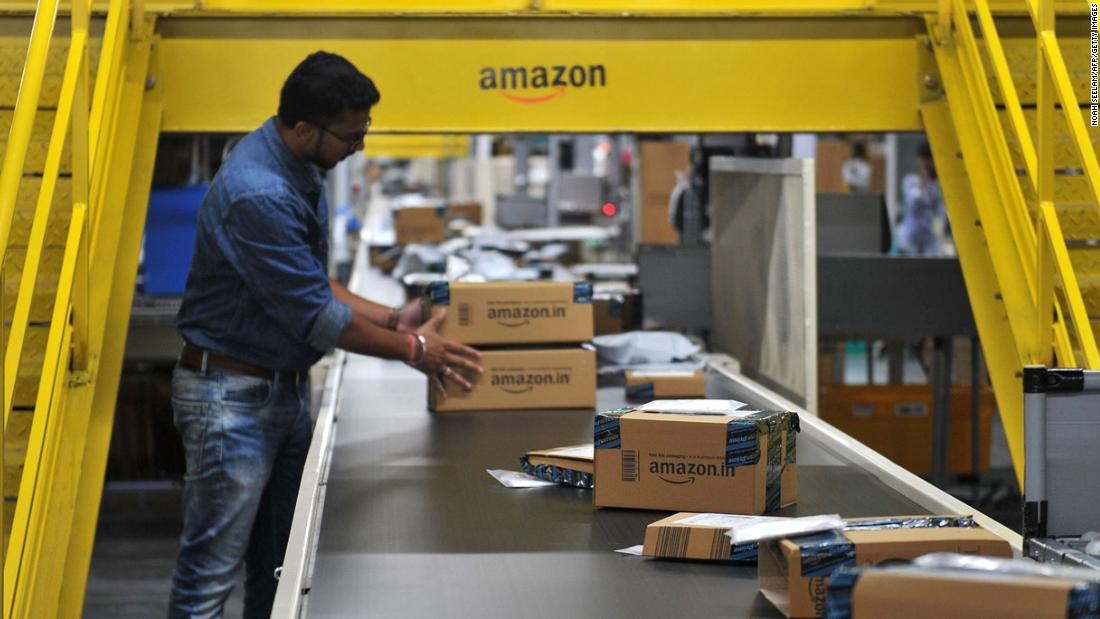 Cuộc chiến giữa chuỗi siêu thị lớn nhất thế giới và vua thương mại điện tử lan từ Mỹ sang Ấn Độ - Ảnh 1.