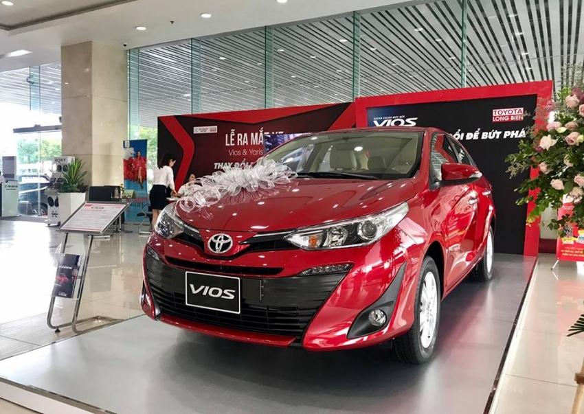 7 mẫu xe sedan hạng B giá lăn bánh 500-700 triệu đồng đáng xuống tiền - Ảnh 1.