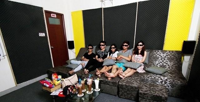 Quán cà phê phim, điểm hẹn lí tưởng cho những thước phim kinh dị ngày Halloween tại Sài Gòn - Ảnh 6.