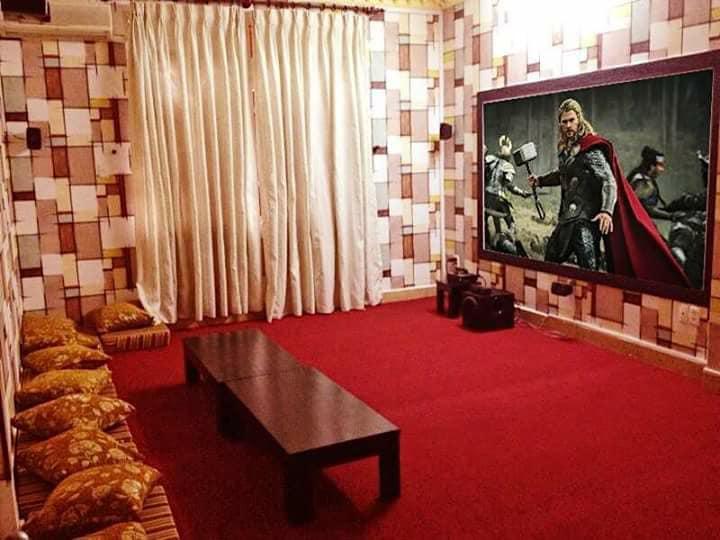 Quán cà phê phim, điểm hẹn lí tưởng cho những thước phim kinh dị ngày Halloween tại Sài Gòn - Ảnh 10.
