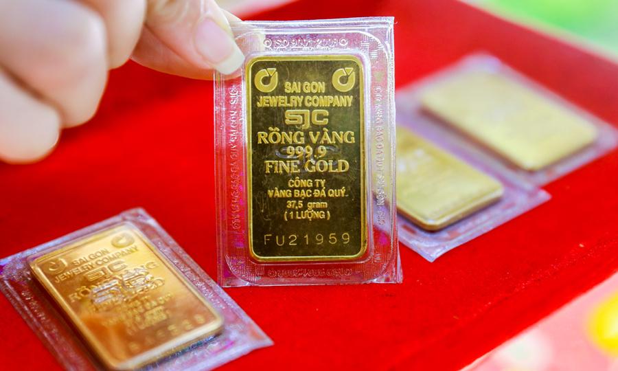 Giá vàng hôm nay 31/10: Vàng tiếp tục tăng 250.000 đồng/lượng trong phiên cuối tuần - Ảnh 2.