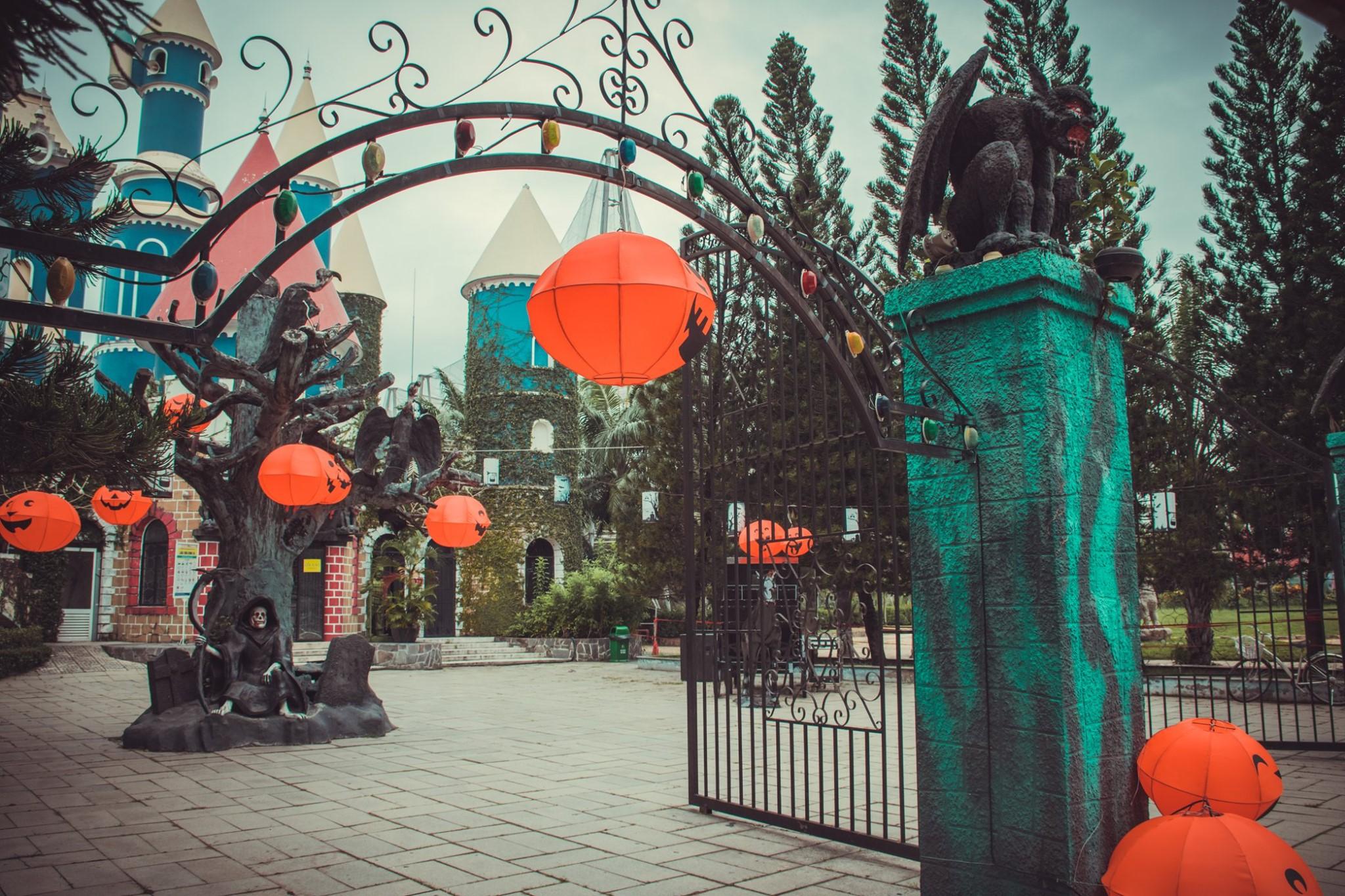 Khám phá loạt địa điểm vui chơi Halloween được check-in nhiều nhất tại Sài Gòn  - Ảnh 7.