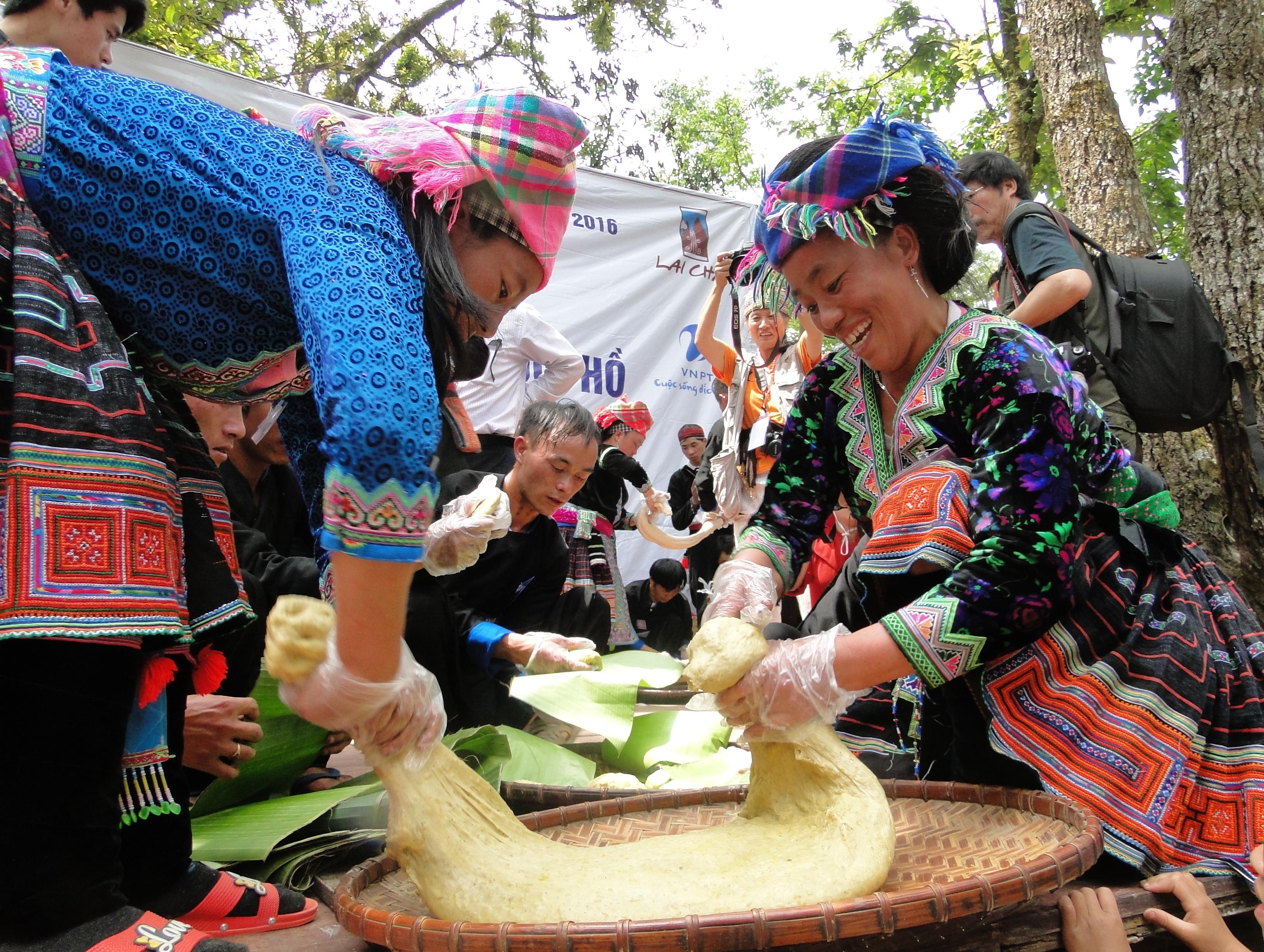 Du lịch Sơn La, đừng quên thưởng thức đặc sản bánh dày thơm ngon nức tiếng vùng Tây Bắc  - Ảnh 7.