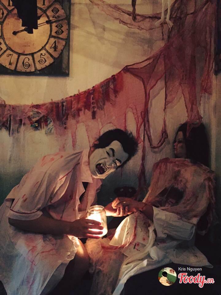 """""""Đột nhập"""" 5 quán cà phê ma mị đậm chất Halloween tại Sài Gòn - Ảnh 3."""
