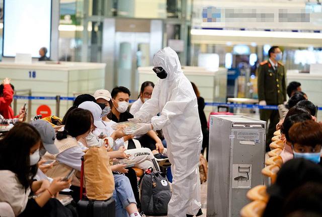 Việt Nam có nên mở cửa du lịch với một số nước như Singapore? - Ảnh 2.