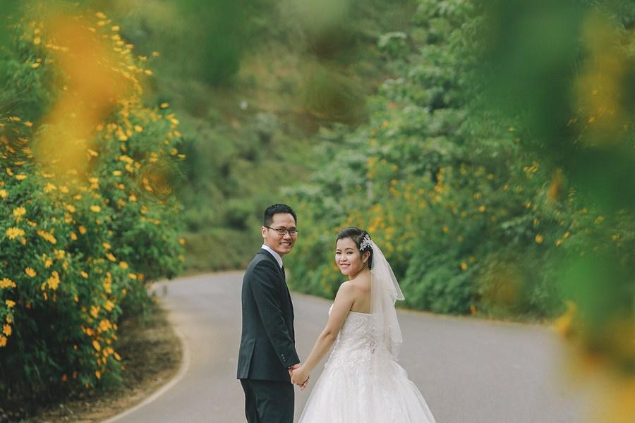 Ngắm Đà Lạt mùa hoa dã quỳ qua bộ ảnh lãng mạn của cặp đôi trẻ - Ảnh 10.