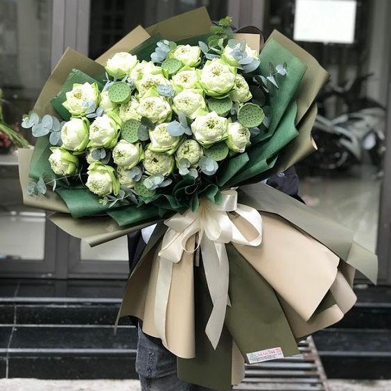 Những mẫu hoa đẹp và ý nghĩa dành tặng thầy cô nhân ngày 20/11 - Ảnh 8.