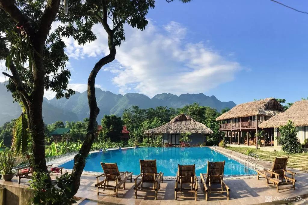 Top 3 resort Hòa Bình có hồ bơi ngoài trời được du khách đánh giá cao  - Ảnh 1.