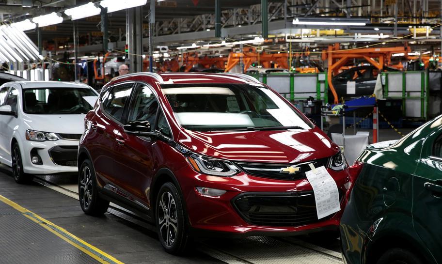 GM triệu hồi hơn 68.000 ô tô điện Chevrolet Bolt do nguy cơ cháy nổ - Ảnh 1.