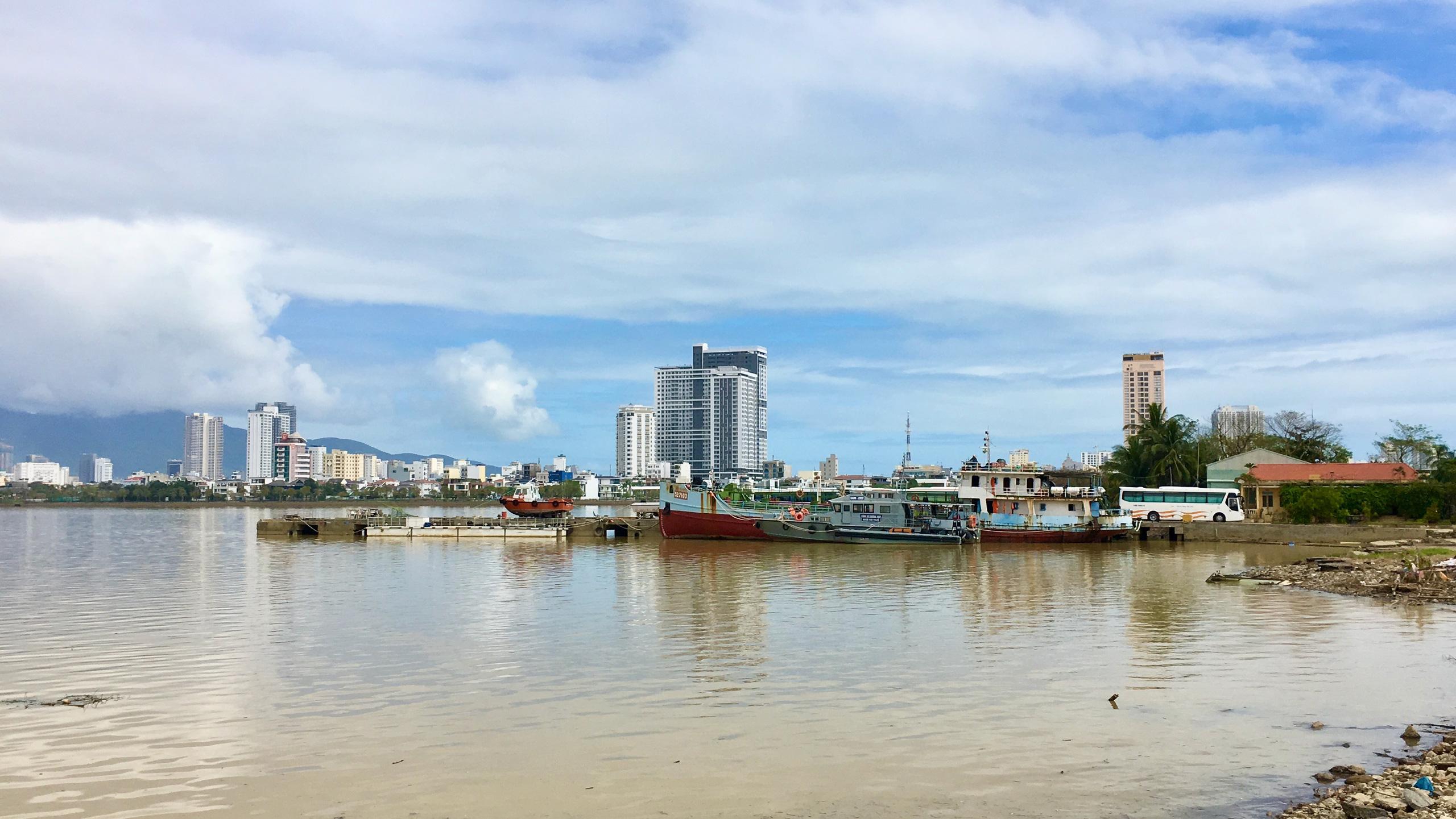 Hai vị trí ven sông Hàn Đà Nẵng kêu gọi đầu tư bến du thuyền quốc tế - Ảnh 1.