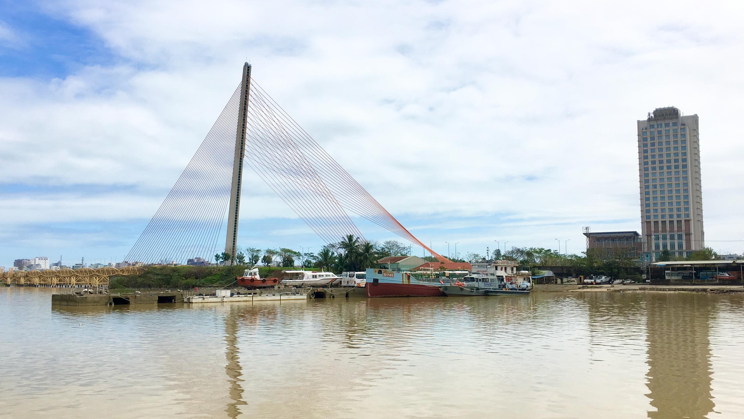Hai vị trí ven sông Hàn Đà Nẵng kêu gọi đầu tư bến du thuyền quốc tế - Ảnh 2.