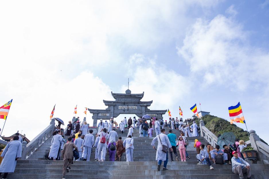 Đại lễ cầu quốc thái dân an lớn nhất diễn ra trên đỉnh Fansipan vào ngày 21/11  - Ảnh 4.