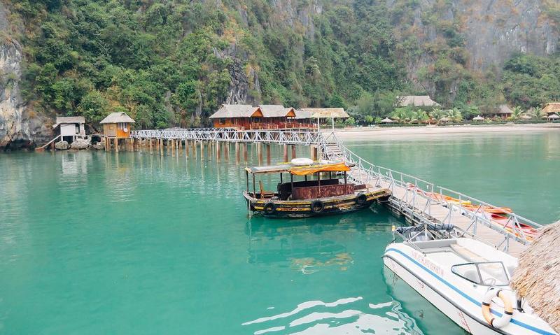 Chiêm ngưỡng cảnh sắc thiên nhiên kì vĩ tại vịnh Lan Hạ, Hải Phòng - Ảnh 6.