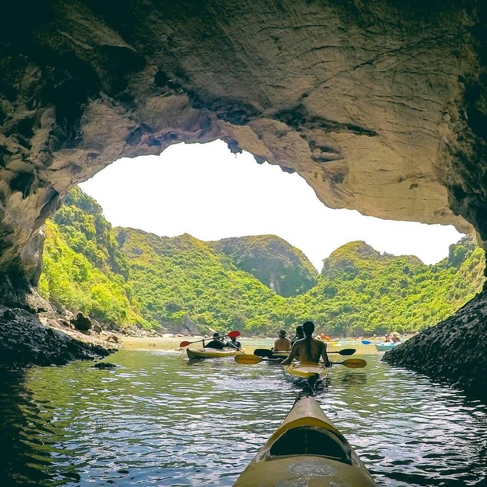 Chiêm ngưỡng cảnh sắc thiên nhiên kì vĩ tại vịnh Lan Hạ, Hải Phòng - Ảnh 9.