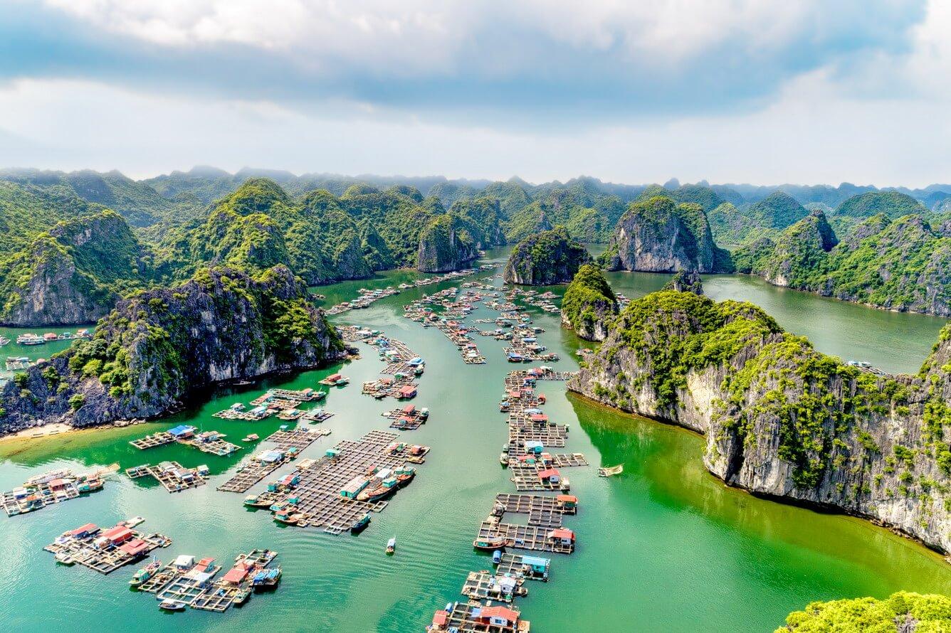 Chiêm ngưỡng cảnh sắc thiên nhiên kì vĩ tại vịnh Lan Hạ, Hải Phòng - Ảnh 10.
