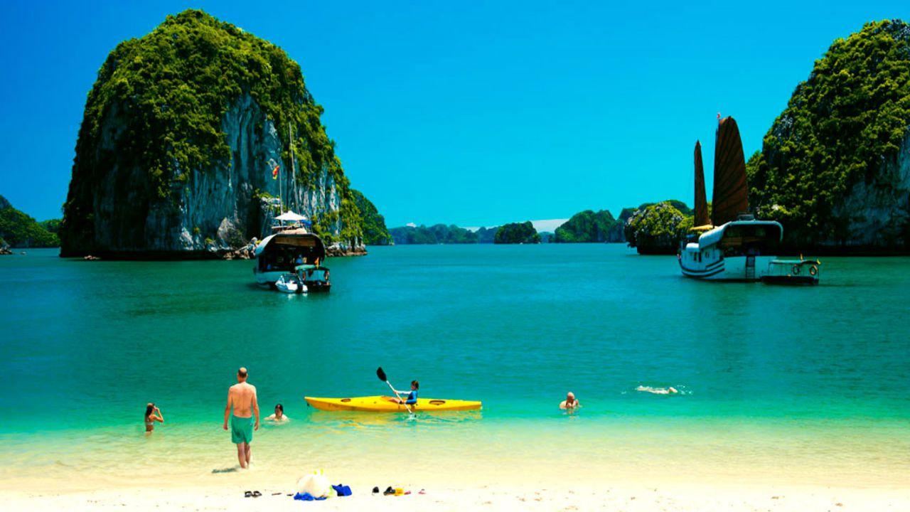 Chiêm ngưỡng cảnh sắc thiên nhiên kì vĩ tại vịnh Lan Hạ, Hải Phòng - Ảnh 15.