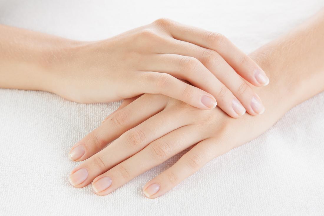 Bật mí 10 cách làm làm móng tay nhanh dài đơn giản và hiệu quả nhất  - Ảnh 10.