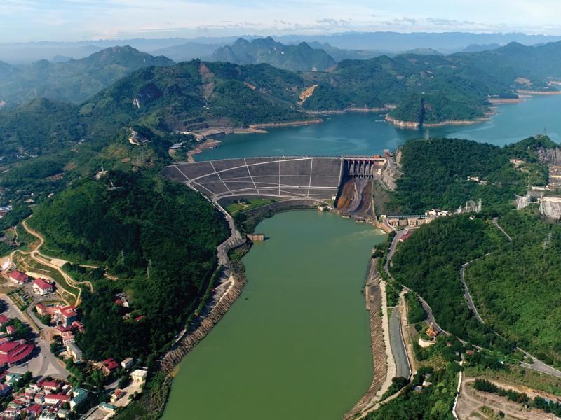 Việt Nam đã khai thác gần như tối đa các nguồn thủy điện và than. (Ảnh: V.T/Báo Đầu tư).