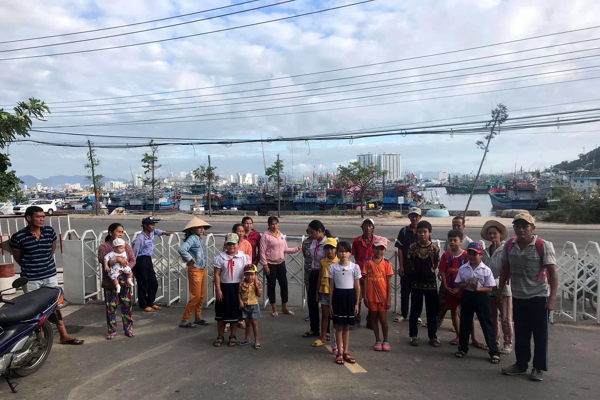 Người dân bức xúc vì dự án khu biệt thự Nha Trang Sea Park chặn lối đi - Ảnh 4.