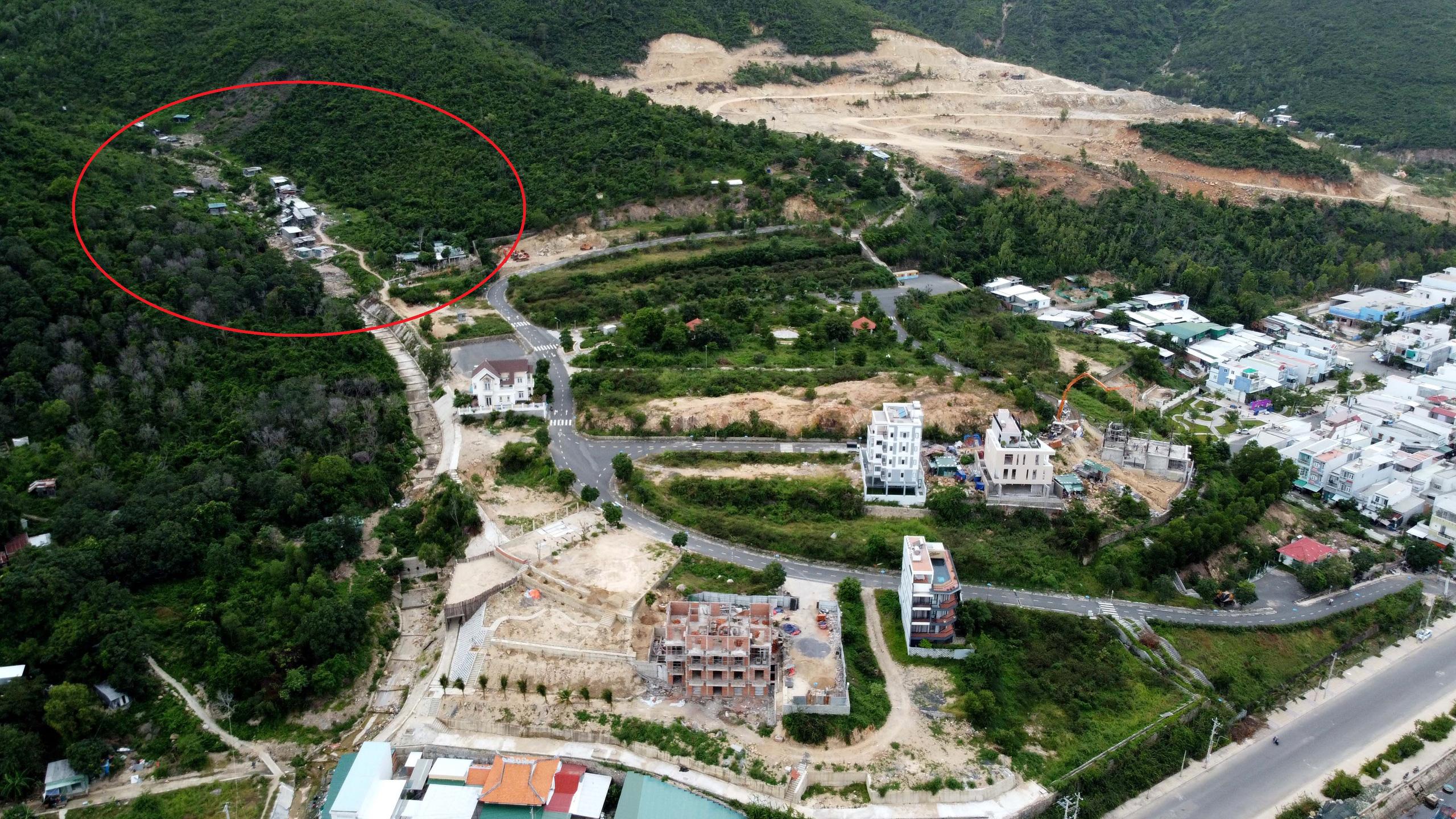 Người dân bức xúc vì dự án khu biệt thự Nha Trang Sea Park chặn lối đi - Ảnh 1.
