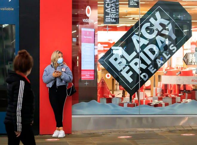 Mua sắm trực tuyến dịp Black Friday tại Mỹ tăng 22% lên mức kỉ lục 9 tỉ USD - Ảnh 1.