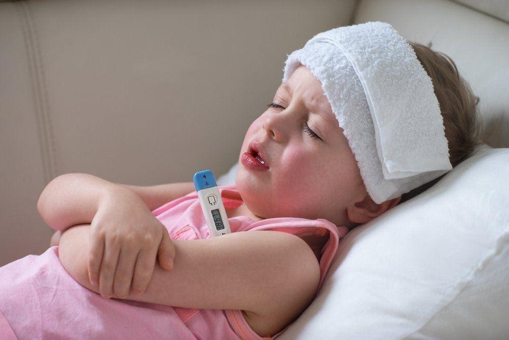 Các cách hạ sốt cho trẻ mọc răng mang lại hiệu quả cao  - Ảnh 4.