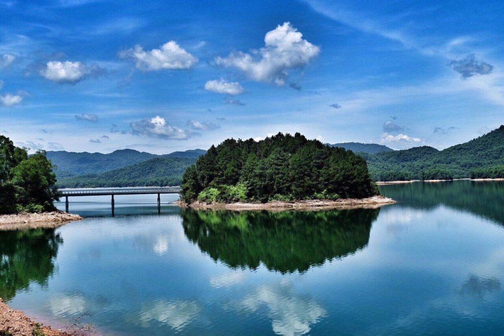 Những trải nghiệm không nên bỏ lỡ ở hồ Kẻ Gỗ, Hà Tĩnh - Ảnh 5.