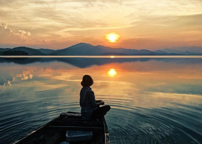 Những trải nghiệm không nên bỏ lỡ ở hồ Kẻ Gỗ, Hà Tĩnh - Ảnh 9.