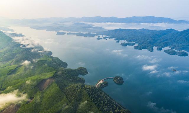 Những trải nghiệm không nên bỏ lỡ ở hồ Kẻ Gỗ, Hà Tĩnh - Ảnh 2.